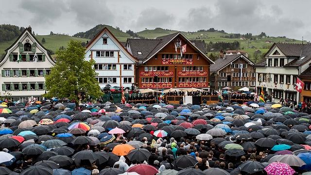 Blick auf den Landsgemeindeplatz in Appenzell.