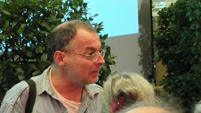 Eric Weber im Publikum während der Bekanntgabe seiner Wahl in den Grossen Rat.
