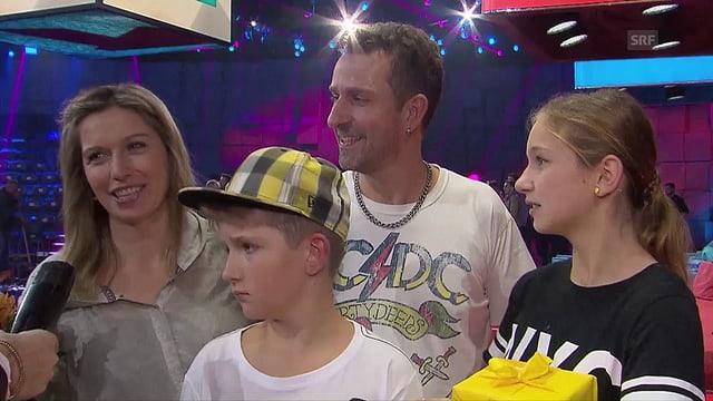 Video «4 geben alles! - Der grosse Familien-Wettkampf» abspielen