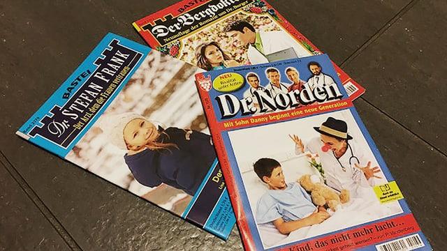 Drei verschiedene Arztromane.