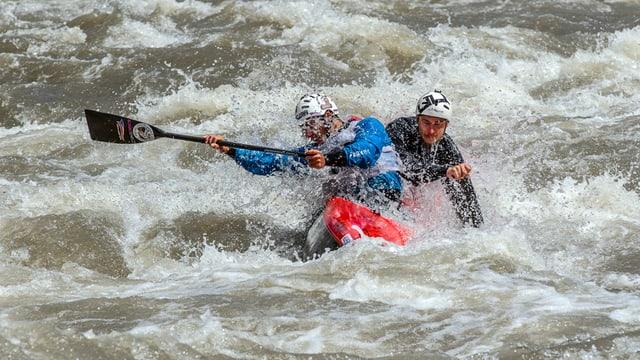 Der hohe Wasserstand der Muota sorgte am Sonntag für Verzögerungen im Wettkampf.