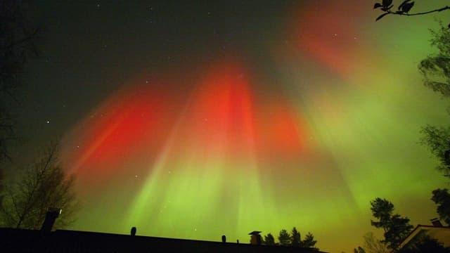 Rot-grüne Polarlichter