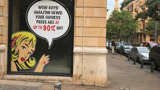 Finanzkrise und Proteste: dieses Geschäft im Zentrum Beiruts lockte in der Verzweiflung Kundschaft mit Rabatten von bis zu 90%. Es musste schliessen – wie viele andere Geschäfte auch.