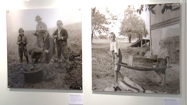 Zwei schwarz/weiss-Bilder in der Verdingkinder-Gedenkstätte in Mümliswil.