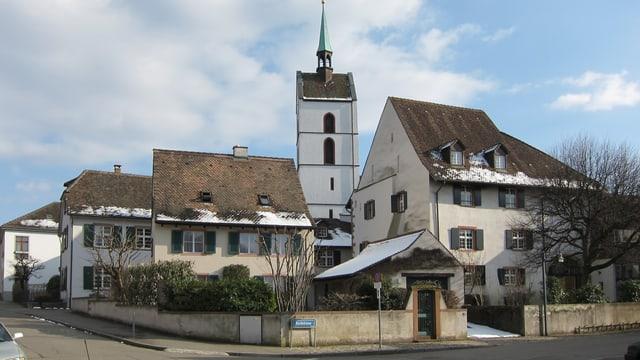 Blick auf die Dorfkirche Riehen