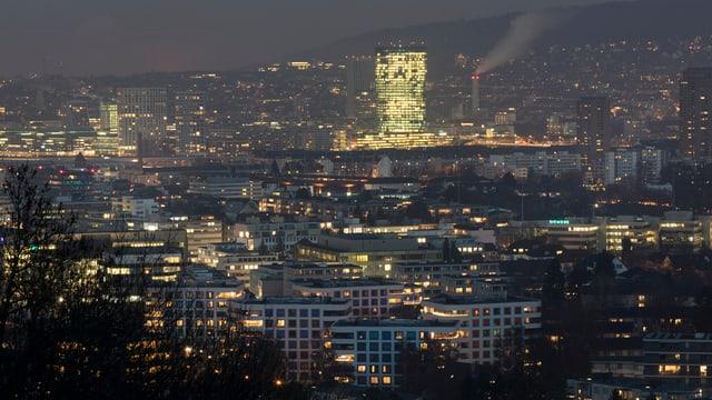 Zürich pulsiert: Rekordhohe Steuereinnahmen von Firmen und Privaten füllten die Stadtkasse.