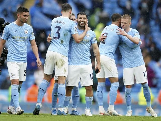 Sergio Aguero hat in seinem letzten Liga-Spiel für Manchester City noch einen Premier-League-Rekord gebrochen. Beim 5:0-Sieg von City traf der Argentinier doppelt, es waren seine Tore 183 und 184 für die «Skyblues». Er überholte damit Wayne Rooney als erfolgreichster Torschütze für einen Premier-League-Verein.