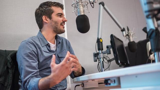 Robin Mark en il studio da RTR.