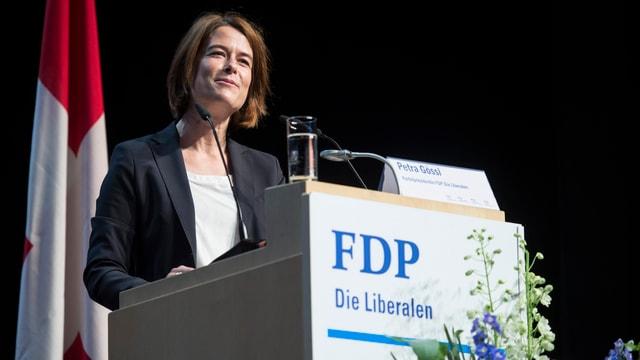 Petra Gössi wähend ihrer Rede.