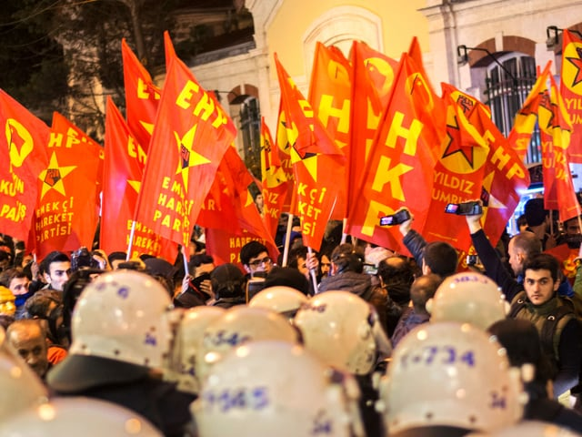 «Das ist Zensur, die planen einen richtigen Internetputsch», so die Demonstranten in Istanbul.