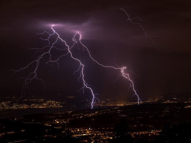 Blitze am Zürichsee.
