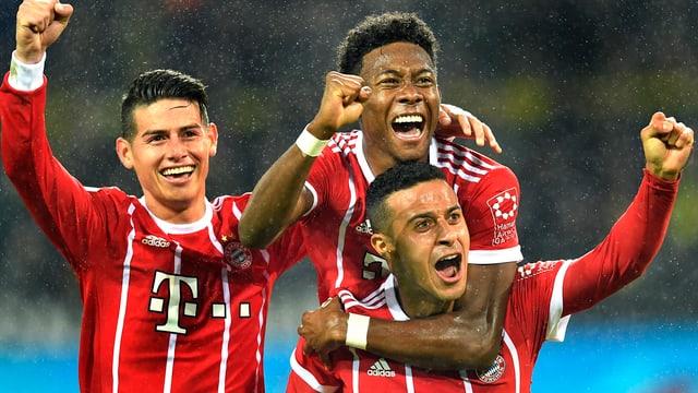Bayernspieler jubeln