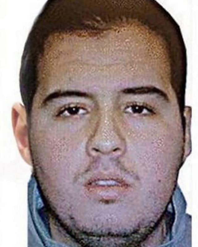 Auf einem Fahndungsfoto ist der Terrorverdächtige Ibrahim El Bakraoui zu sehen.