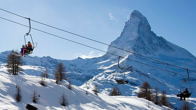Il Matterhorn l'enviern, cun ina sutgera