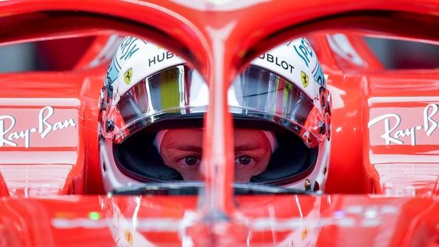 Vettel en il cockpit.