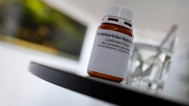 Purtret dal medicament che vegn duvrà per far suizidi.