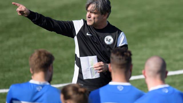 Trainer Maurizio Jacobacci