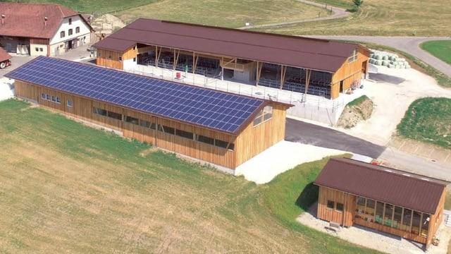 Solaranlage auf Stall.