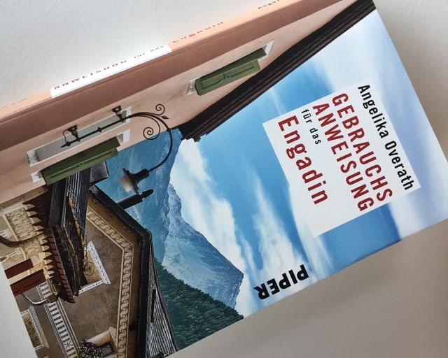Cuverta dal cudesch «Gebrauchsanweisung für das Engadin».