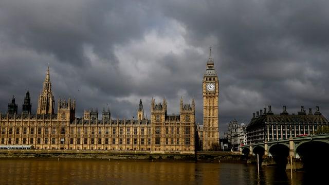 Il parlament a Londra.