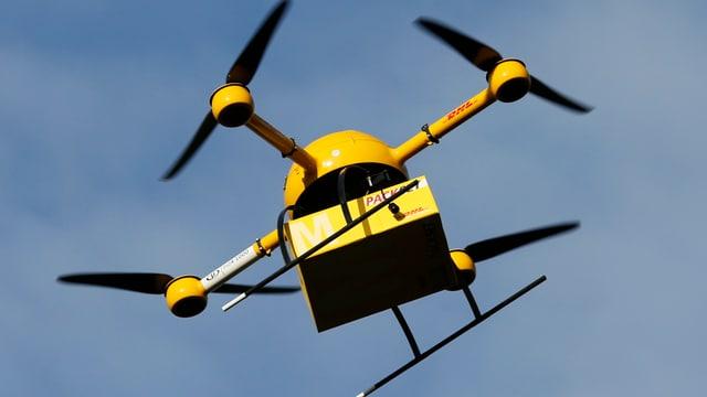 Drona da pachets da la Posta tudestga DHL.