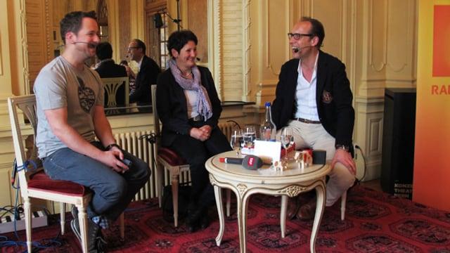 Christian Zeugin (rechts) im Gespräch mit Marc E. Trauffer und Margarita Glanzmann.