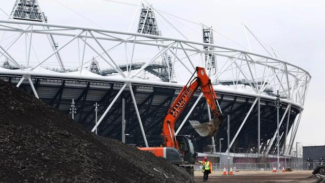 Das Londoner Olympiastadion wird fussballtauglich gemacht, danach zieht West Ham ein.