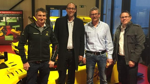 Da san: Pieder Decurtins, cusseglier naziunal Martin Candinas, Claudio Albin ed il president da la PCD Cadi René Epp.