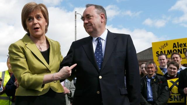 Nicola Sturgeon und Alex Salmond.