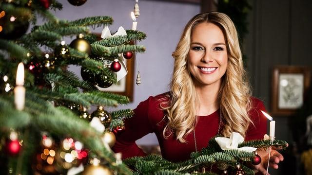 Linda Fäh, Moderatorin von «Klingende Weihnachten»