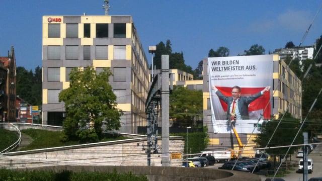 Das Verwaltungsrechenzentrum St.Gallen richtet für Berufsweltmeister Lars Tönz ein Begrüssungsfest aus.