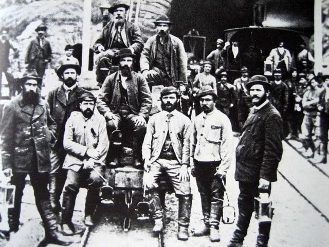 Gotthardtunnel, Bauarbeiter in Airolo um 1880