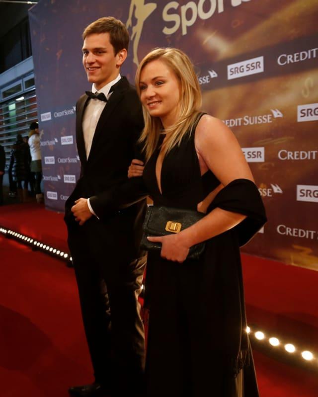 Ariella Kaeslin mit ihrem damaligen Freund an den Sports Awards 2013.