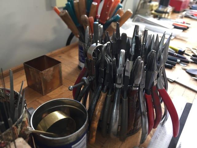 Das Werkzeug von Erich Wenk für die Feinarbeiten an den Lindauerli.
