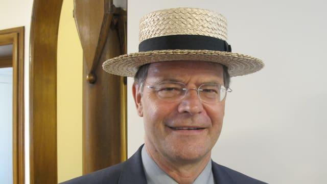 Walter Dubler mit Strohhut.
