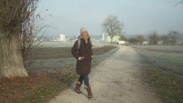 Video «Mit Eva Wannenmacher auf dem Hugenottenweg bei Lenzburg» abspielen
