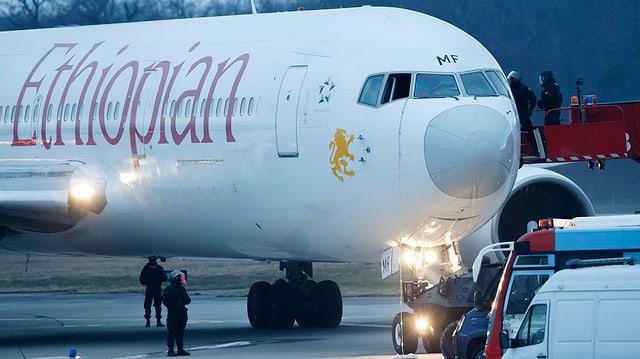 Entführtes Flugzeug der Ethiopian Airlines in Genf.