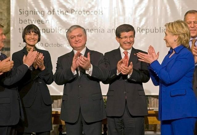 Die ehemalige Calmy-Rey und andere Politiker.