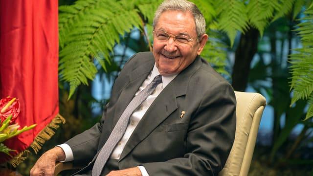 Porträt von Raúl Castro.