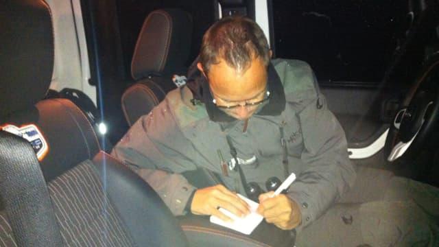 L'auto è il med da transport e biro mobil dal guardiaselvaschina Martin Cavegn.