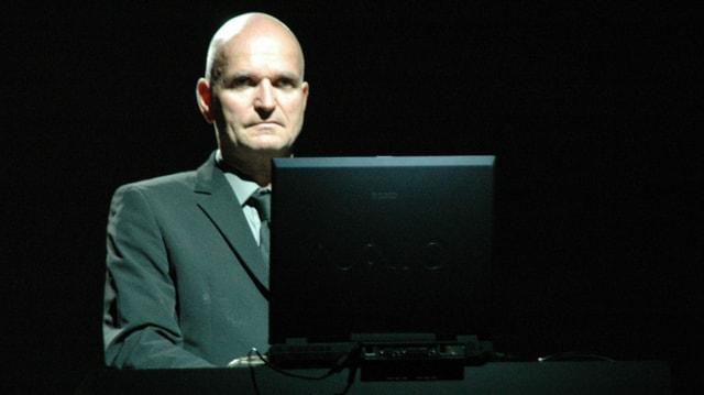 Florian Schneider-Esleben bei einem Auftritt in Ferrara, Italien, im Jahr 2005.
