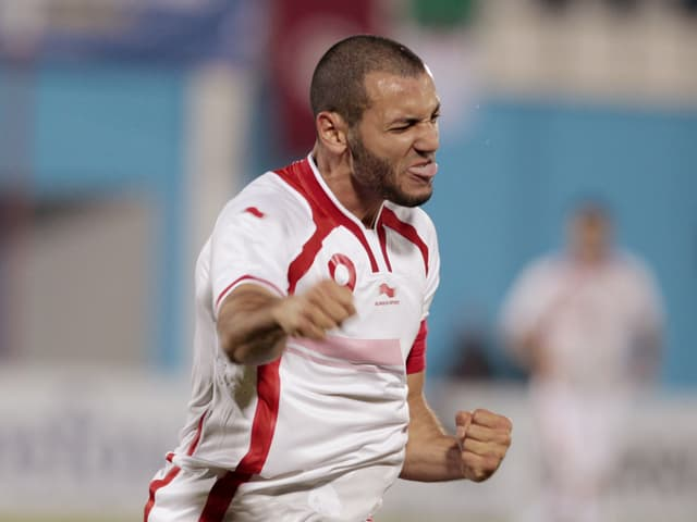 Yassine Chikhaoui jubelt im Dress der tunesischen Nationalmannschaft.