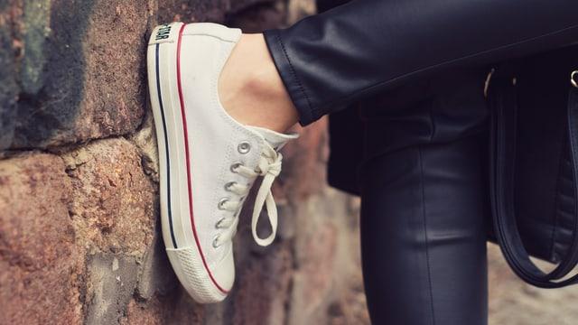 Weisse Converse