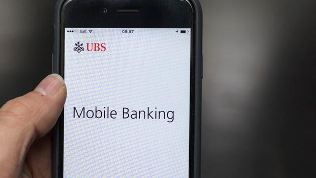 In telefonin cun indicaziuns da e-banking.