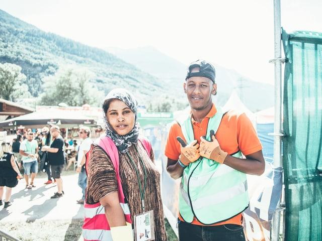 Porträt von zwei Flüchtlingen.