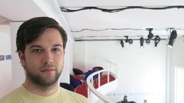 Der Obwaldner Pascal Vogler im Foyer des Luzerner Theaters.