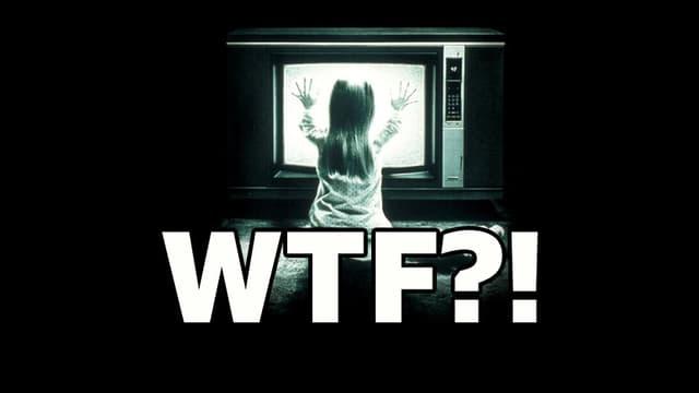 Bild aus dem Horrorfilm Poltergeist mit Schriftzug WTF drüber