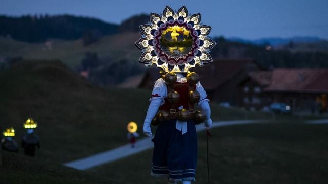Silvesterchläuse in Urnäsch unterwegs.