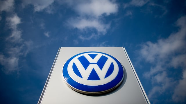 logo da VW avant tschiel blau cun nivels