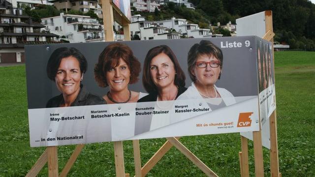 Wahlplakat mit vier Frauen